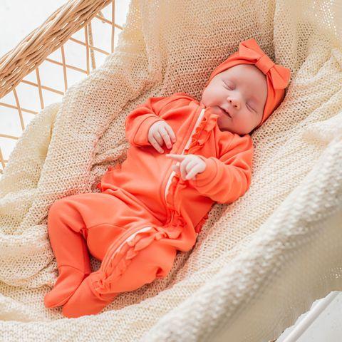 Ruffled sleepsuit with zipper 0+, Peach