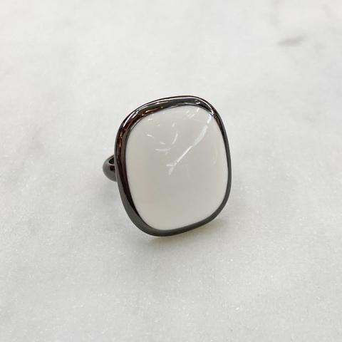 Кольцо Vi овал эмаль белый