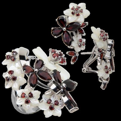 Комплект украшений с цветами из белого перламутра и гранатом № 140