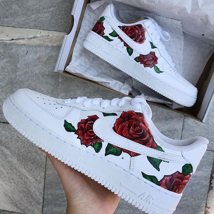 Nike Air Force 1 07 //  Great Roses