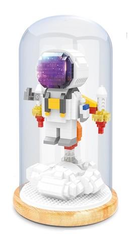 Конструктор в колбе Wisehawk Космонавт на старте 708 деталей NO. 2693 Astronaut at launch Keep Joy Series