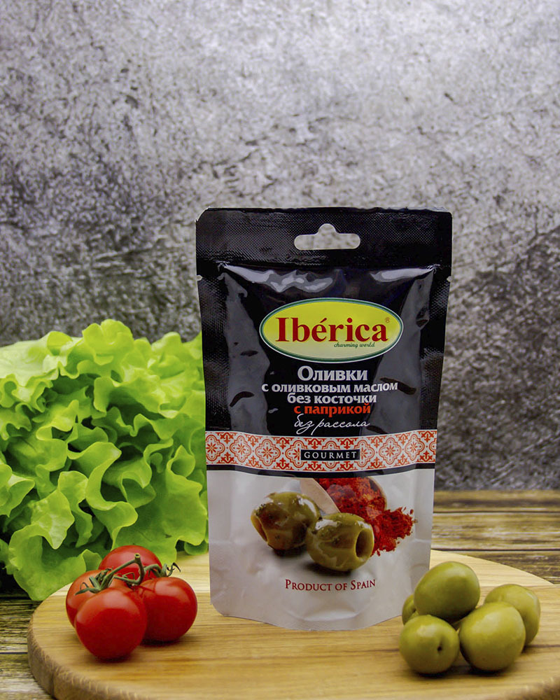 Оливки Iberica с оливковым маслом и паприкой без косточки (без рассола) 70 гр.
