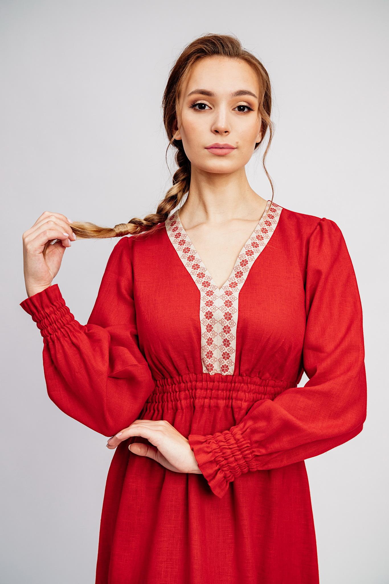 Торжественное платье в русском стиле Утренняя роза