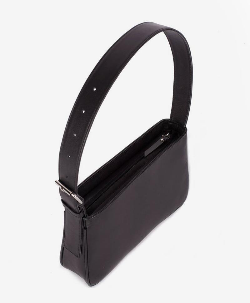 сумка-черного-цвета-