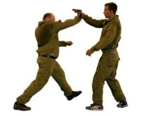 Купити пістолети для відпрацювання прийомів рукопашного бою