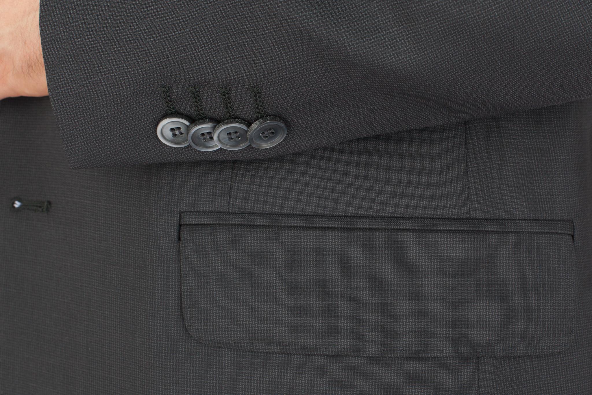 Чёрно-серый костюм из 100%-ной шерсти, накладной карман