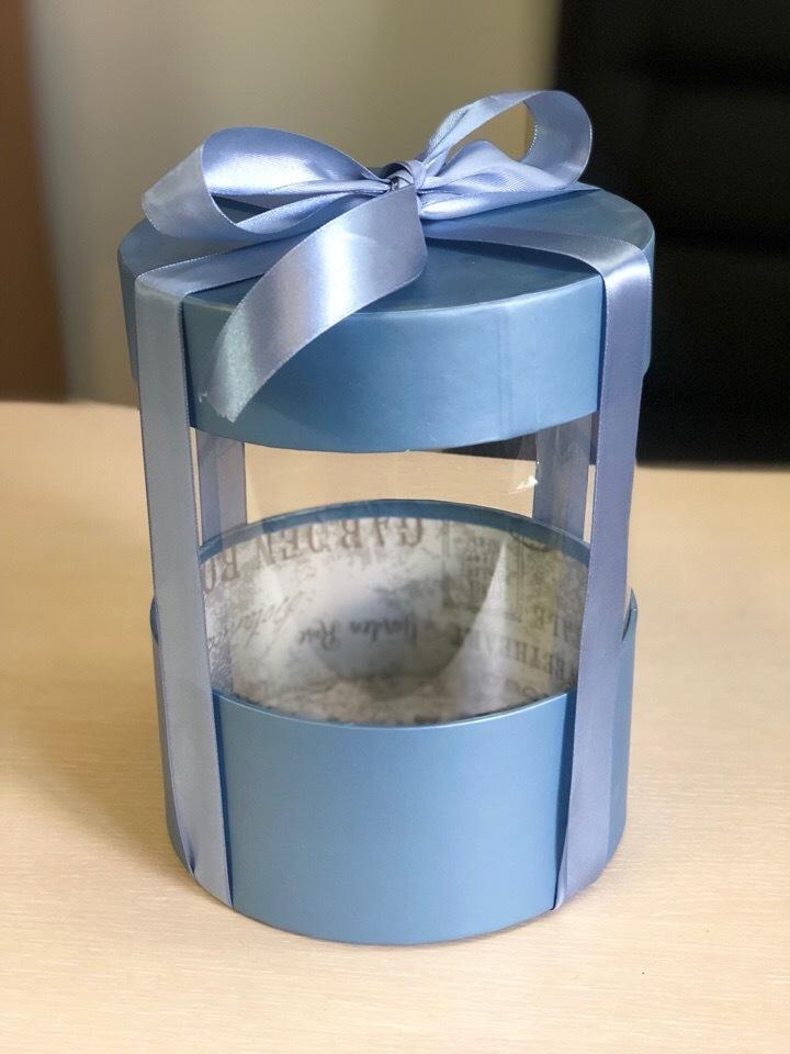 Коробка аквариум 18 см Цвет : Металлик   . Розница 350 рублей .