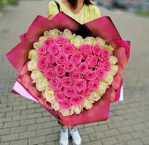 Букет из 51 розы 70 см в виде сердца #8876