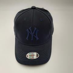 Кепка с вышитым логотипом Нью-Йорк Янкиз (Бейсболка New York Yankees) синяя 02