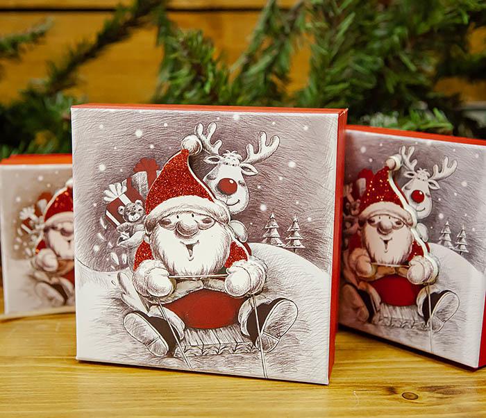 BOX260-2 Подарочная коробка «Дед Мороз на оленях» (11*11*8 см) фото 11
