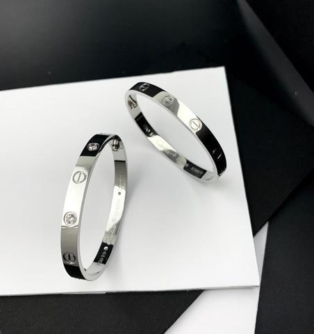 450230- Серебряный браслет из коллекции LOVE без отвертки