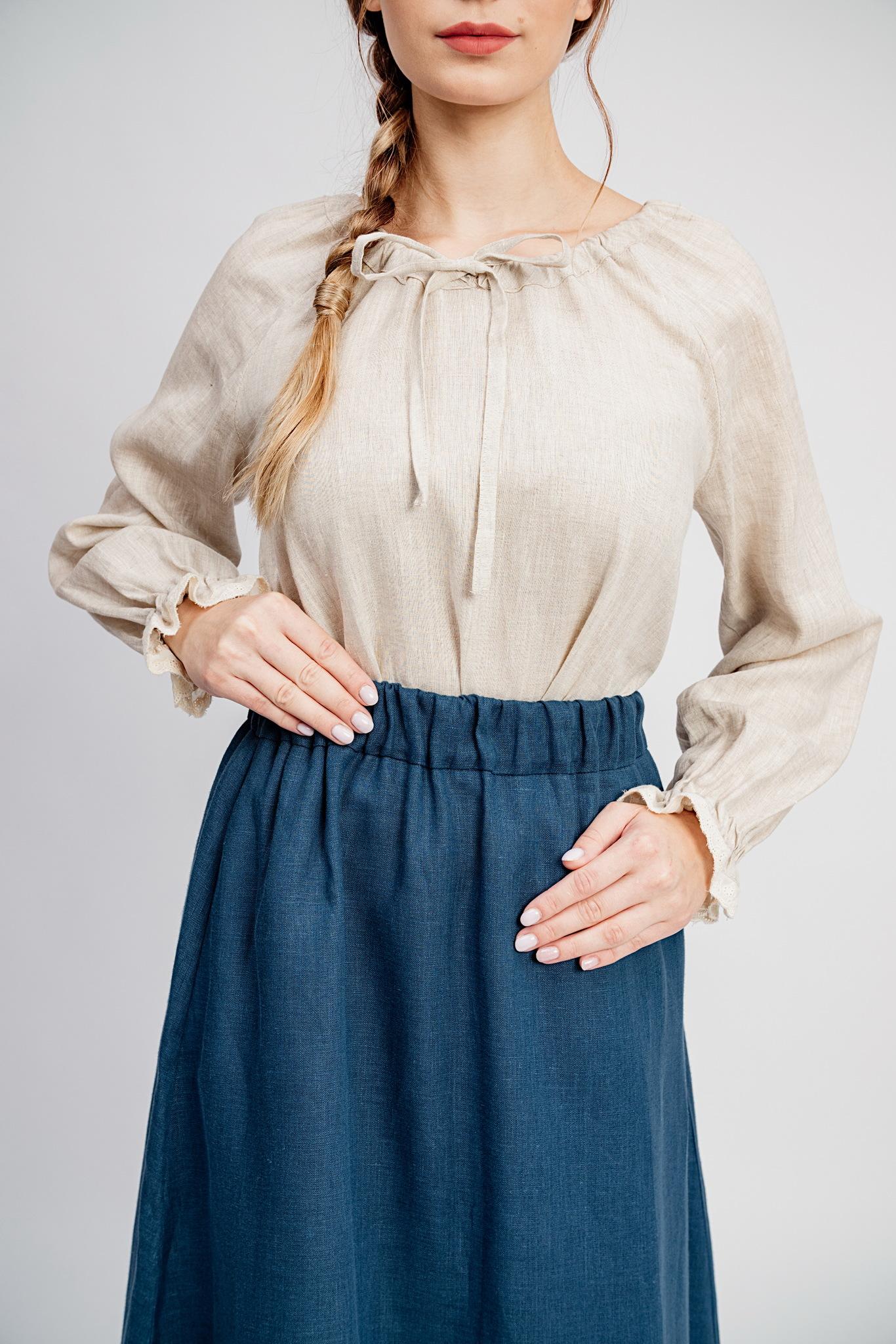Синий цвет юбки Черника