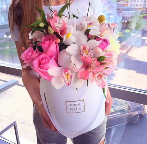 Цветы в шляпной коробке #1995
