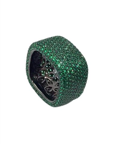 47632- Широкое кольцо-дорожка из серебра с зелеными микроцирконами