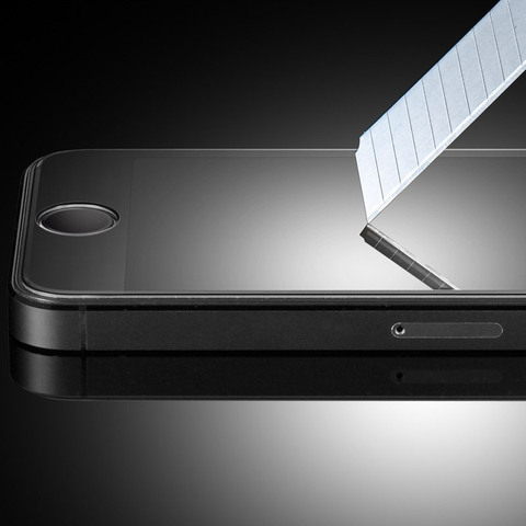 Защитное стекло 2.5D 0,3 мм 9H Premium для iPhone 5, 5s, 5c, SE (Глянцевое)