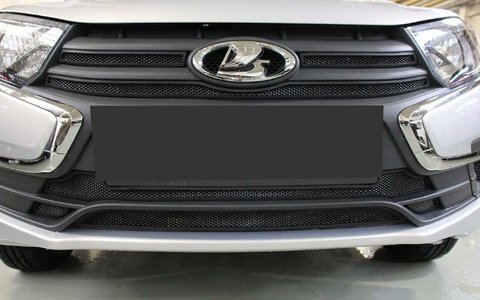 Защита радиатора Lada Granta 2018- (3 части) black верх