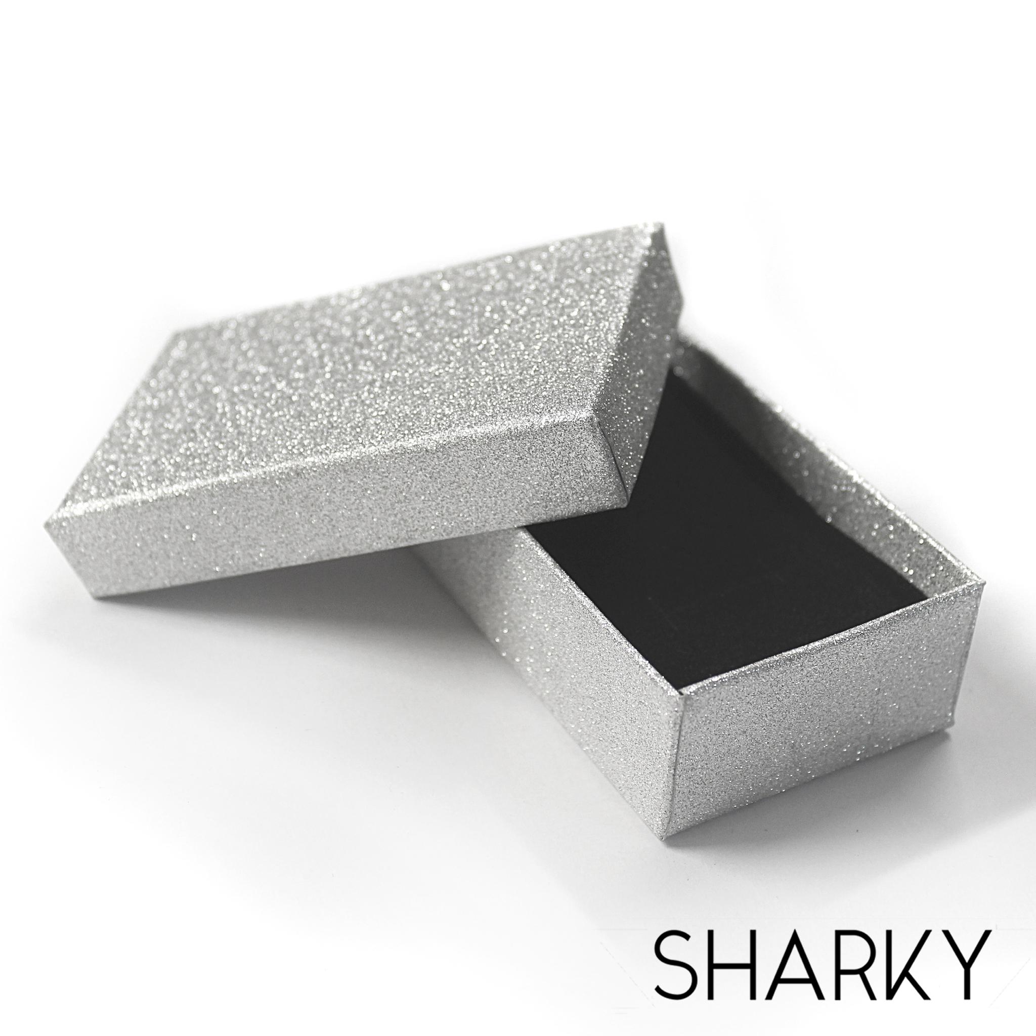 Подарочная серебристая коробочка / Подарочная упаковка Отрадное