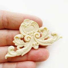 0562 Молд силиконовый Орнамент угловой 5*5 см