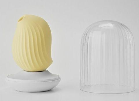 Лимонный вакуум-волновой стимулятор с вибрацией и базой-ночником Cuddly Bird