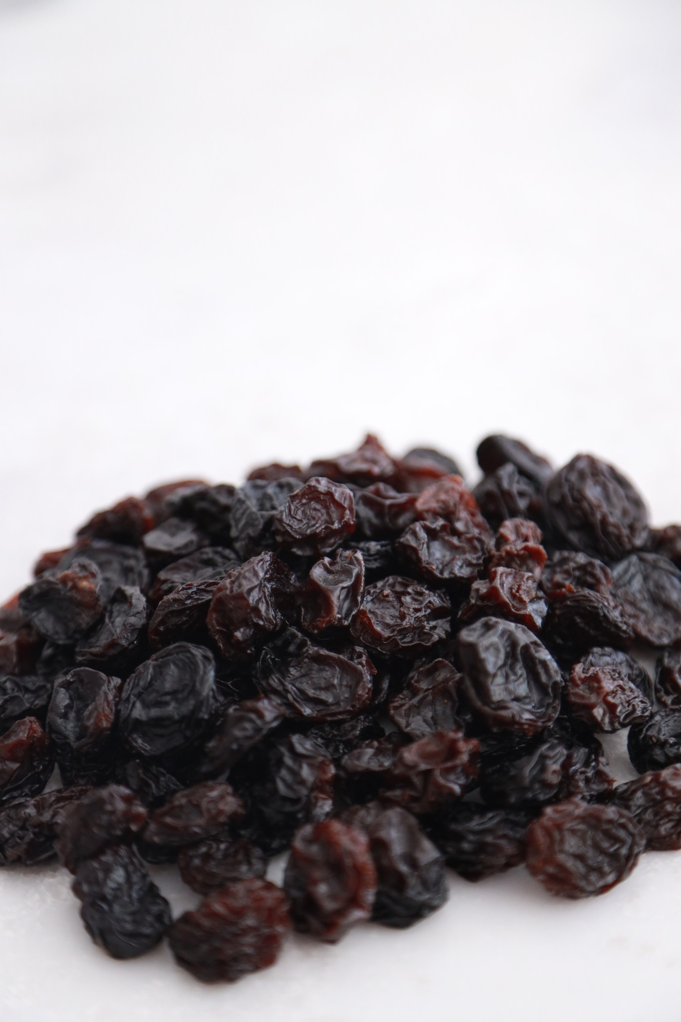 Изюм темный крупный, 150 гр