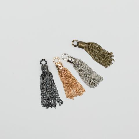 Кисть декоративная,из цепочек, длина 8 см (выбрать цвет)