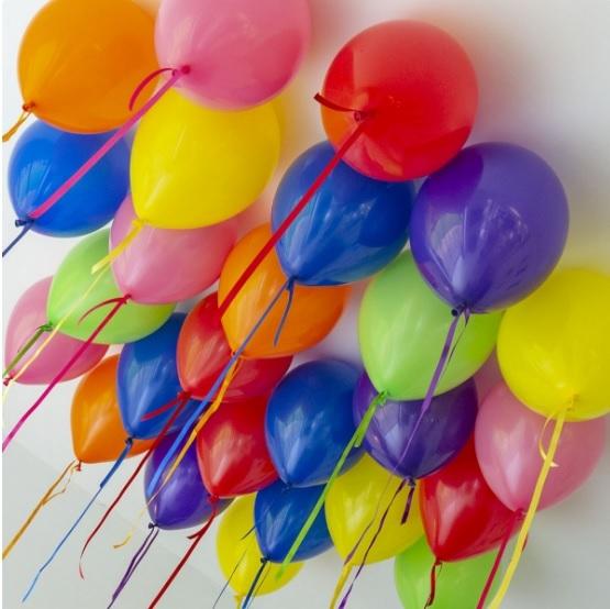 Разноцветные шарики под потолок