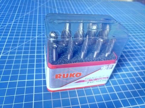 Набор бор-фрез твердосплавных 10шт Mini-Box HM S=6мм Ruko 116002 (В)