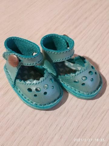 Обувь на кукол 32-35 см