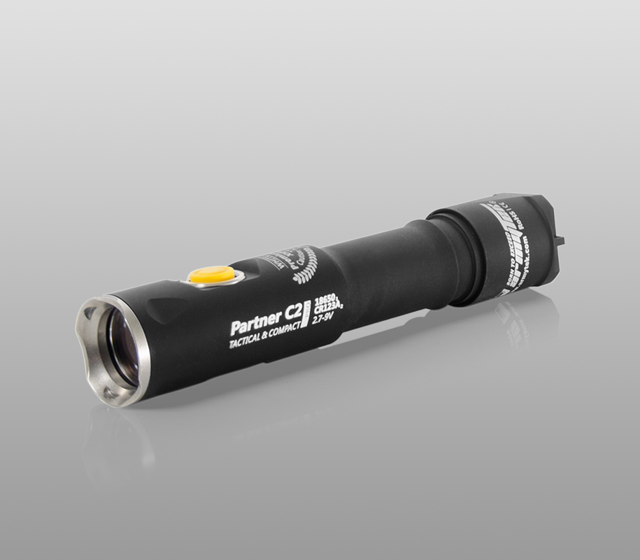 Тактический фонарь Armytek Partner C2 Pro (тёплый свет) - фото 1