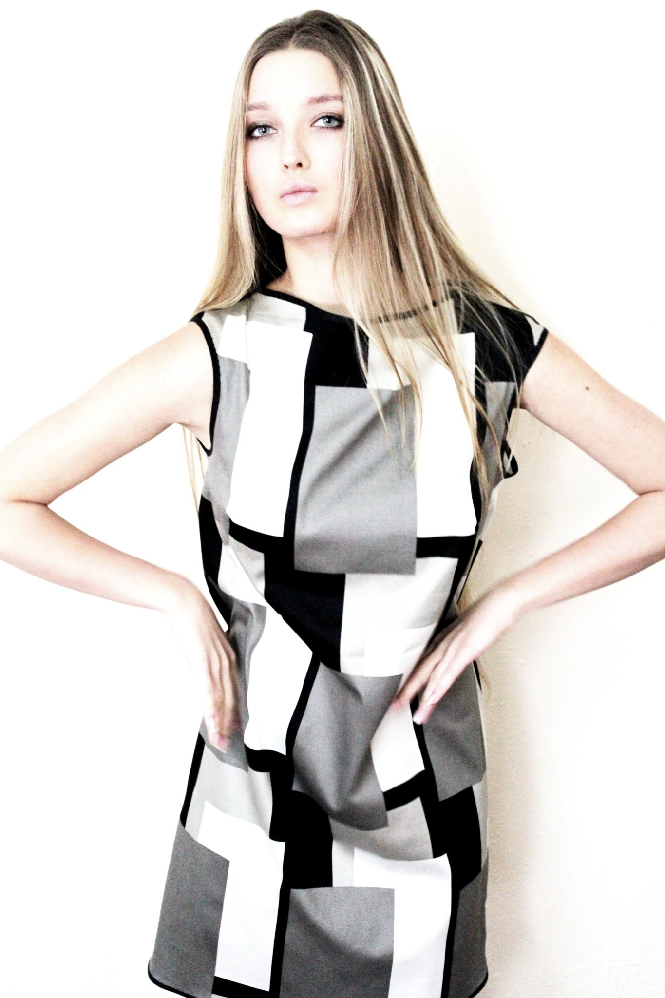 Платье женское. Модель PL-487