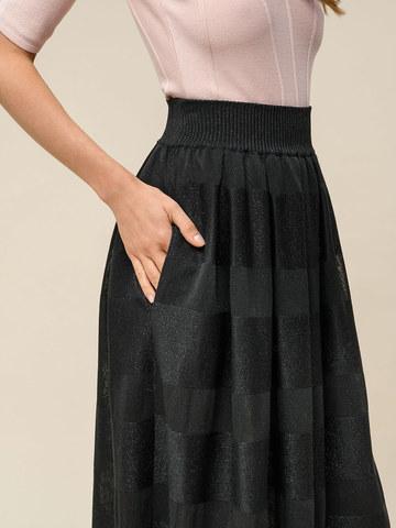 Женская юбка черного цвета из вискозы - фото 4