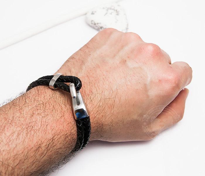 BM452 Мужской браслет из кожаных шнуров с застежкой крюком (21,5 см) фото 05