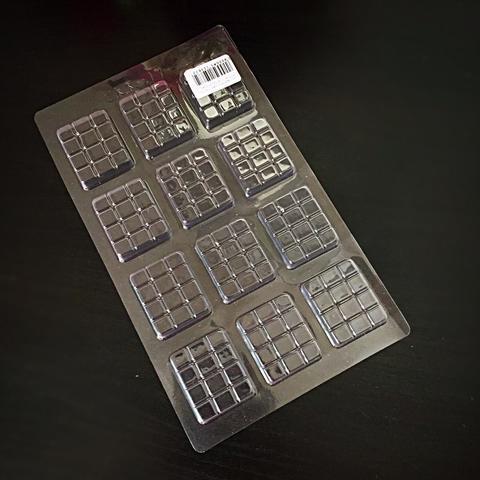 Пластиковая форма для шоколада ср. ПЛИТКА ШОКОЛАДА  МИНИ 12в1 32х40мм