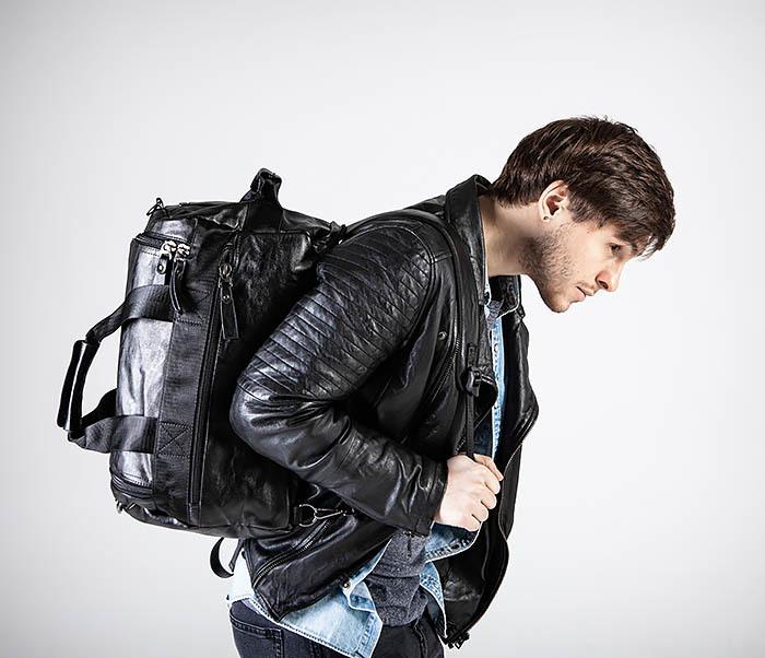 BAG554 Кожаный рюкзак трансформер черного цвета фото 04