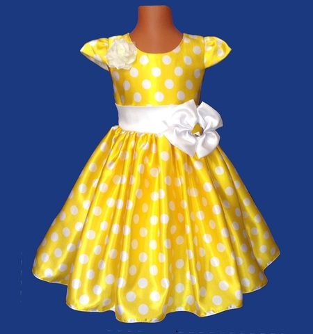 Платье желтое в белый горох с крылышками