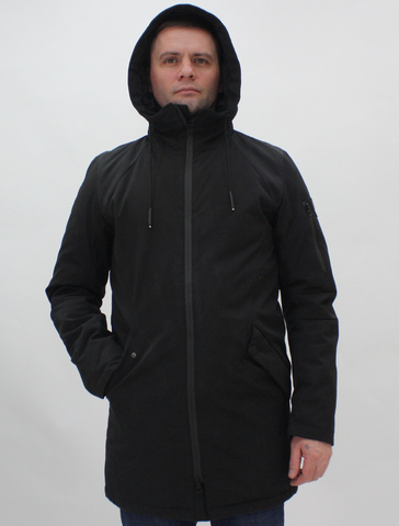 Мужская демисезонная куртка REMAIN черного цвета.