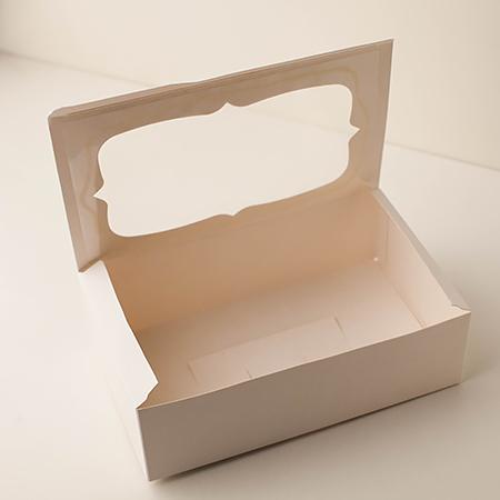 Перед использованием коробки обрежьте их ножницами.