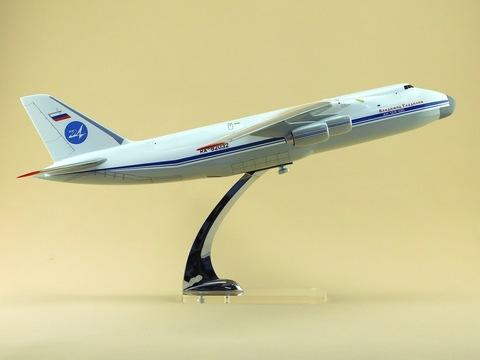 Модель самолета Ан-124-100 (М1:144, Владимир Гладилин)