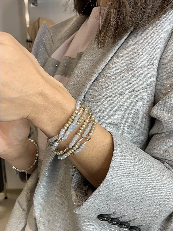 Браслет многослойный из хрусталя с серебром с круглыми коричневыми бусинами  оптом и в розницу