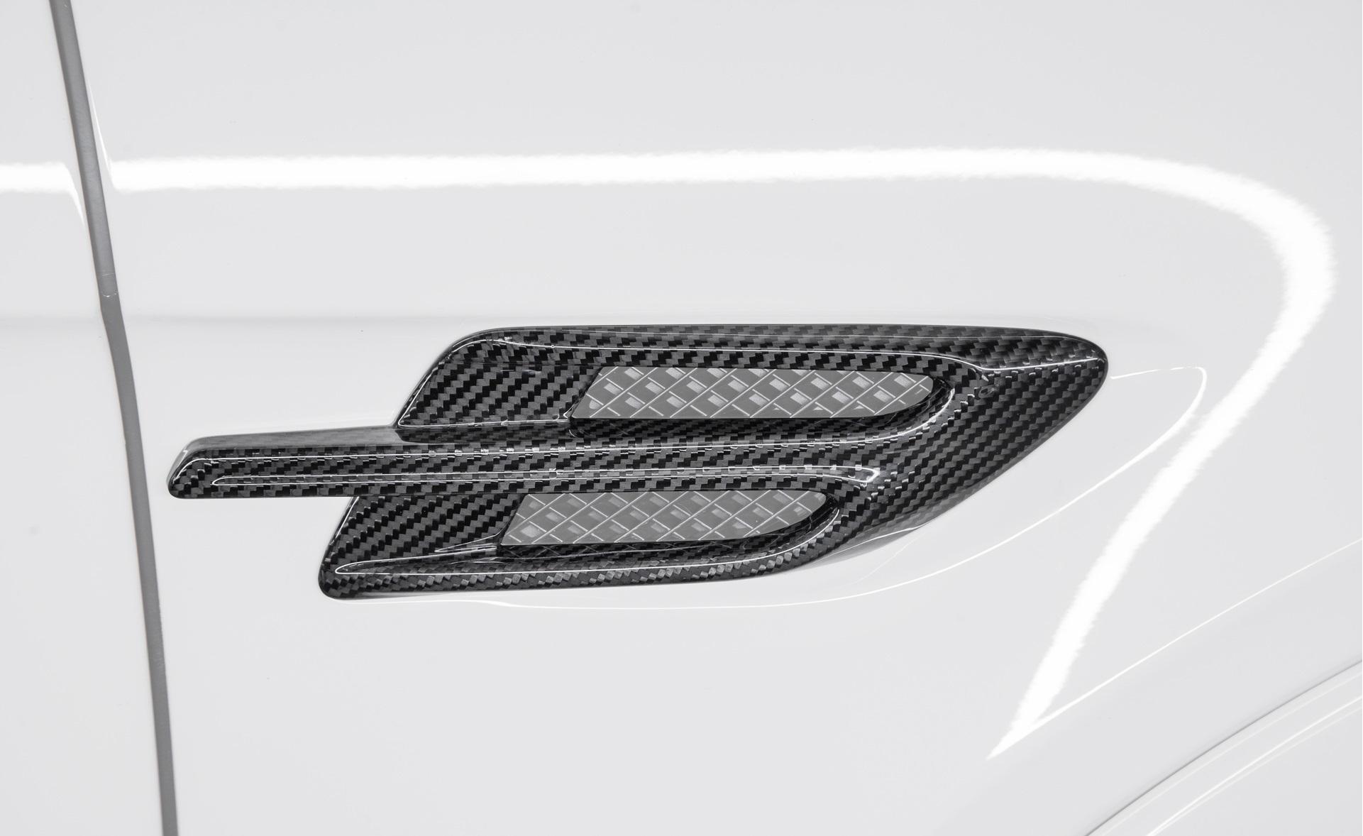 Карбоновые накладки на воздухозаборники крыльев для Bentley Bentayga Копия