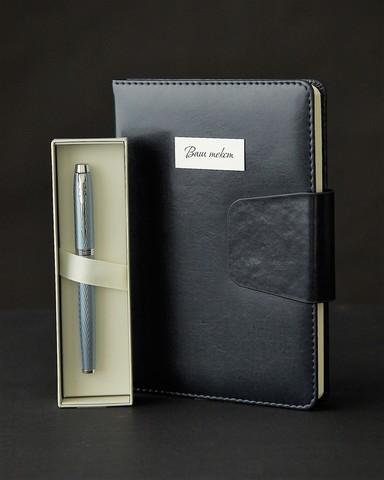 Набор с гравировкой: Ежедневник и ручка роллер Parker IM Premium T318 Blue Grey CT123