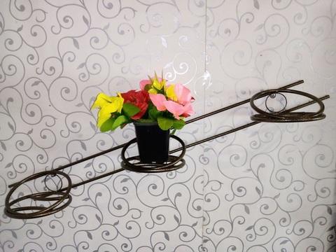 Подставка для цветов на 3 горшка