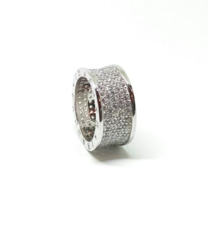 Широкое кольцо-дорожка из серебра с микроцирконами