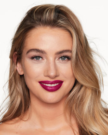 Помада Charlotte Tilbury Hot Lips Secret Salma