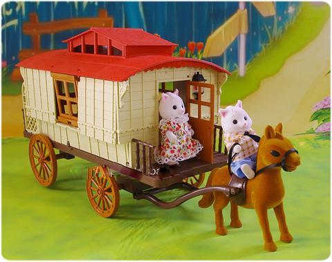 Трейлер с лошадкой и семейкой белочек Happy family 012-05