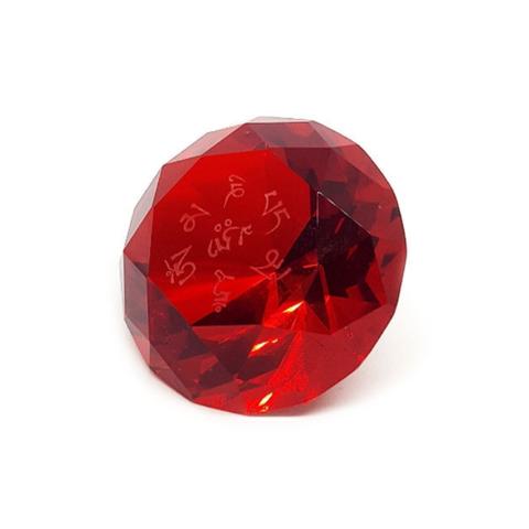 Кристалл красный с мантрой