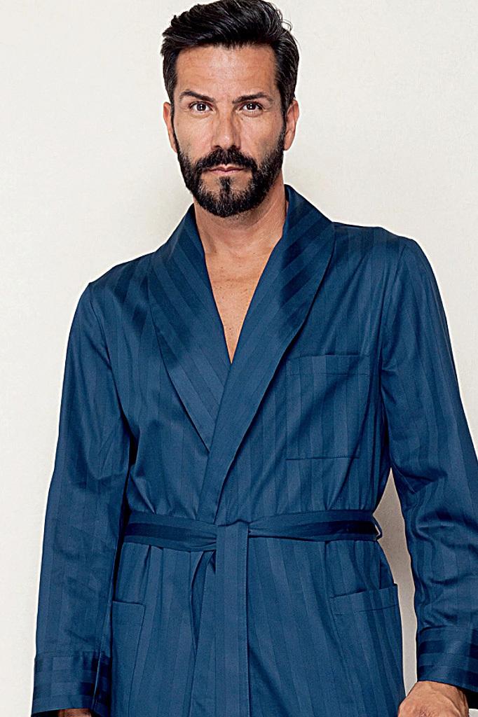 Мужской халат с выработкой в полоску B&B