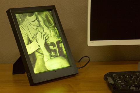 Светильник Фото-светильник в фоторамке с пультом ДУ