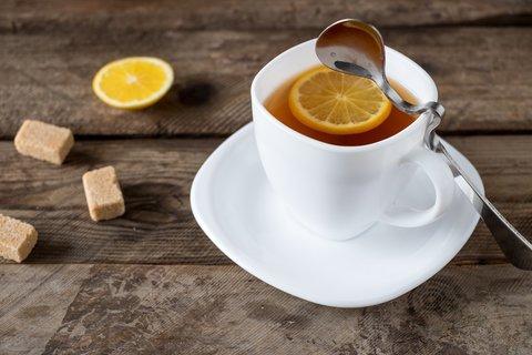 Чай черный с лимоном