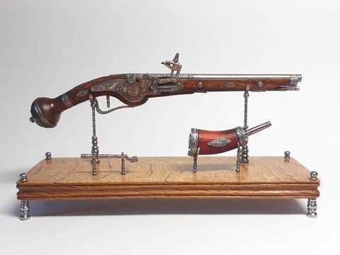 Miniature weellock pistol scale 1:6